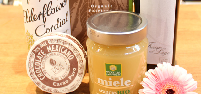 Ekologisk honung, choklad, olivolja mm